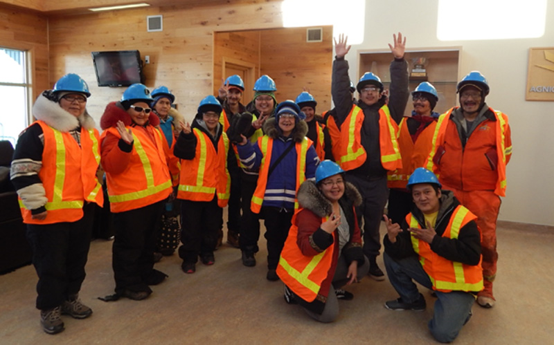 participants-tour-meadowbank-gold-mine-october-resized